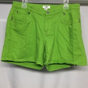 Cato women's Shorts plus Sz 16W Green With Pocket
